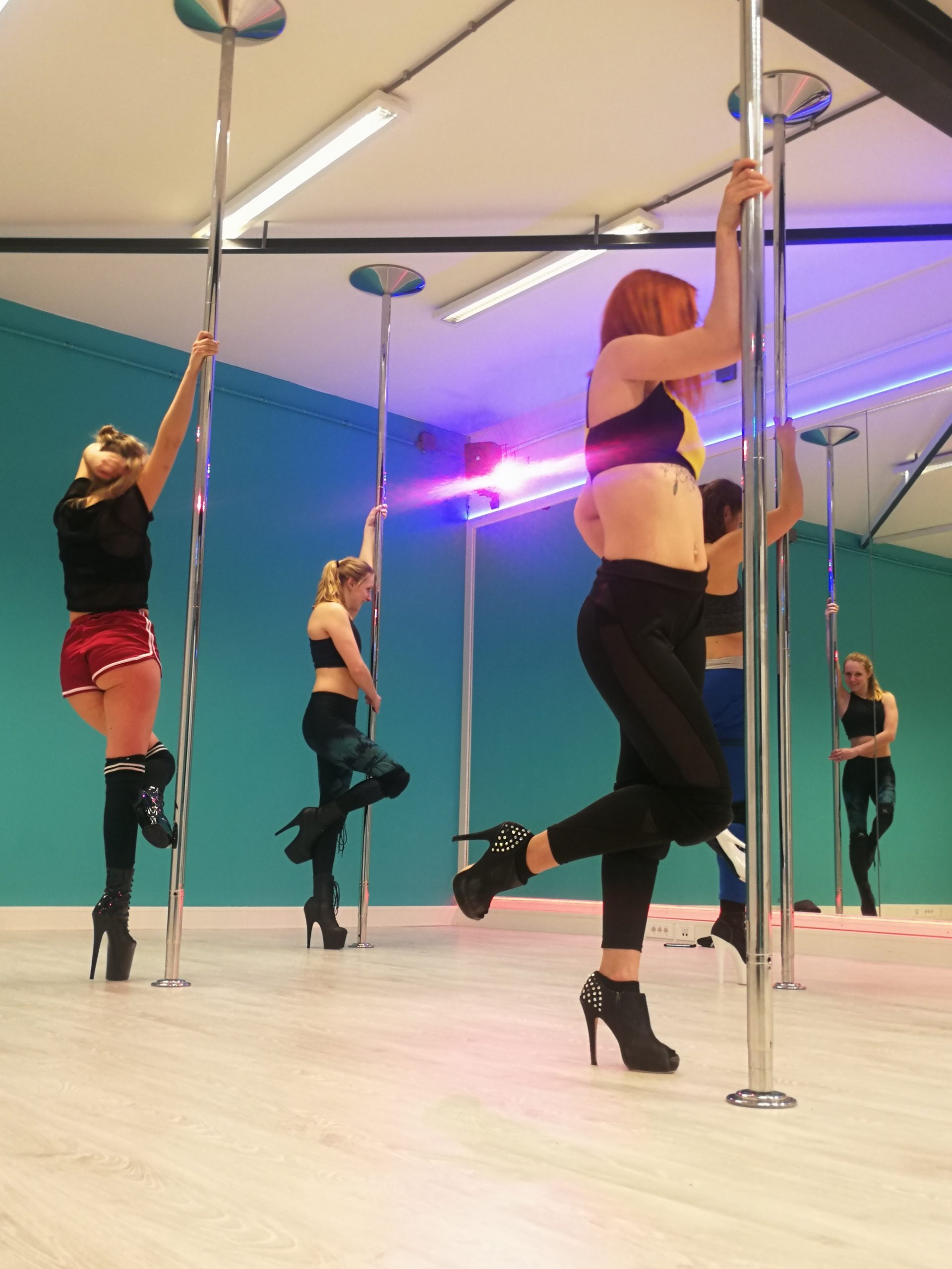 Jeny's Pole Dance Studio - Exotic Pole